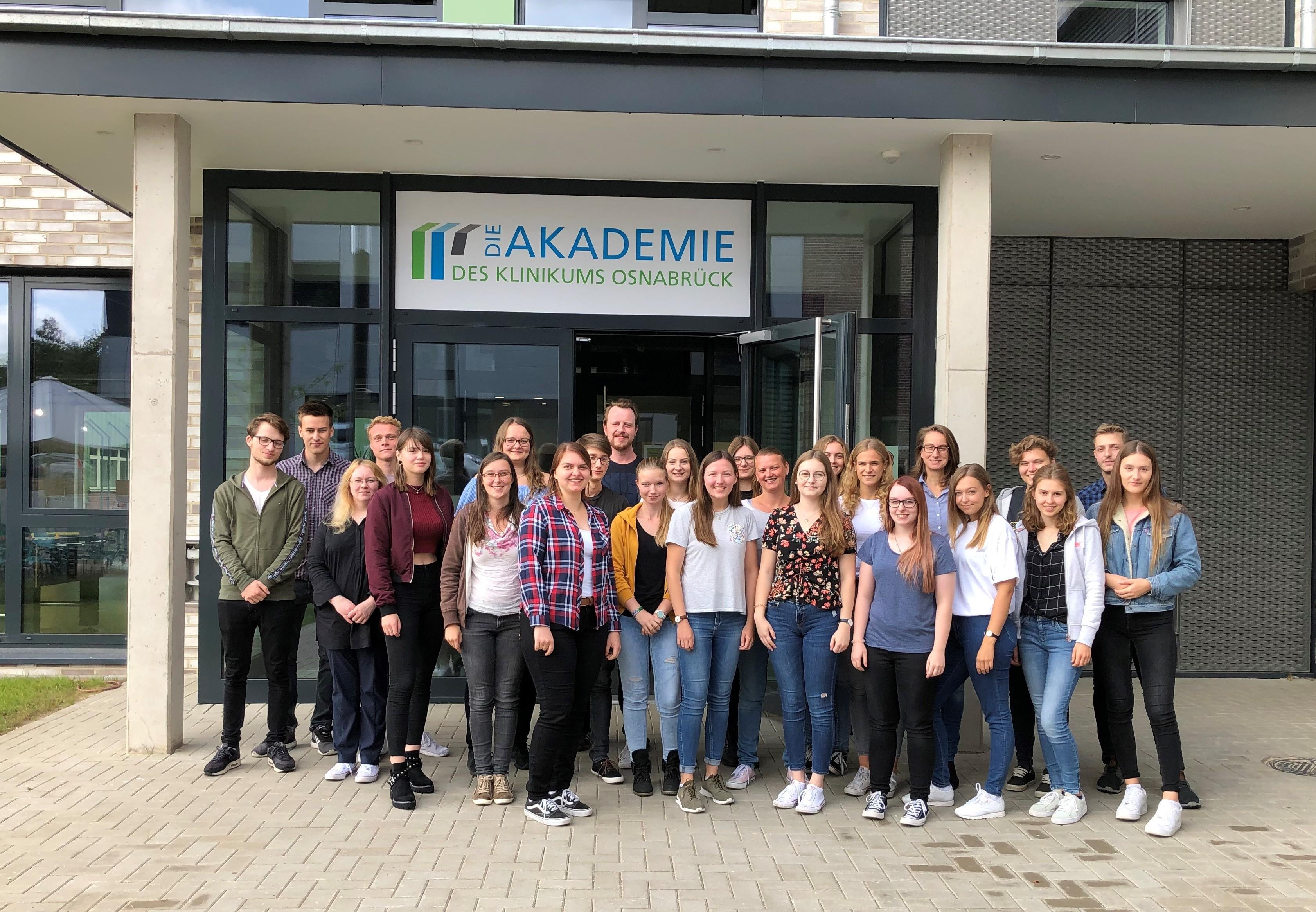 Wir begrüßen die neuen Auszubildenden der MTLA-Schule an der Akademie des Klinikums Osnabrück!